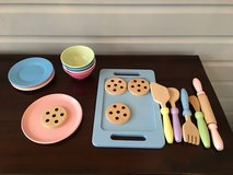 Wooden and Melamine Baking Play Set - 19 Pastel Pieces in Glendale Heights, Illinois