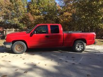 2006 Silverado Ext cab in Fort Leonard Wood, Missouri
