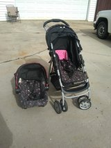 stroller and carseat in Warner Robins, Georgia