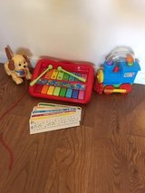 Baby/toddler toys, no batteries required in Lakenheath, UK