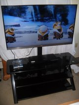 ~~~  LG Smart Tv With Stand  ~~~ in 29 Palms, California