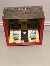 Wooden doll house with handle in Macon, Georgia