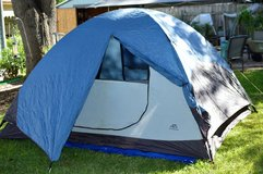 3 season backpack tent-4 person in San Antonio, Texas