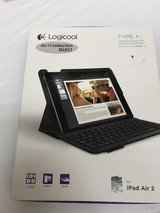Logicool Keyboard for iPad Air 2 in Okinawa, Japan