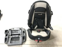 Car Seat and Stand in Alamogordo, New Mexico
