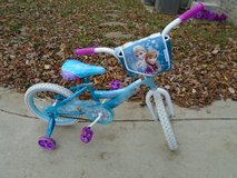 "*EUC* Disney Frozen 16"" w/training wheels bicycle!!! in Clarksville, Tennessee"