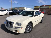 2008 CHRYSLER 300C SEDAN 4D V8 HEMI 5.7 LITER in Fort Campbell, Kentucky