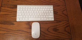 Apple wireless keyboard and mouse in Fort Bliss, Texas