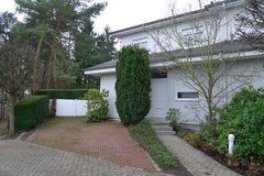 Luxury house - beautiful tranquil home - best area of Wiesbaden Sonnenberg in Wiesbaden, GE
