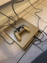 Gold PS4 in Baumholder, GE