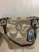 Coach Handbag in Glendale Heights, Illinois