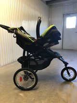 Graco click connect Jogging Stroller and Car seat in Camp Lejeune, North Carolina