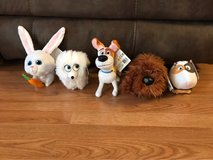 The Secret Life Of Pets Lot Of 5 Toys in Naperville, Illinois