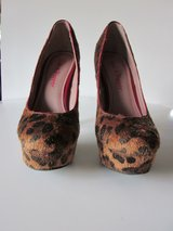 Pink and Pepper Leopard High Heel Shoes Size 6 in Algonquin, Illinois