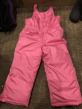 Snow pants-girls in Joliet, Illinois