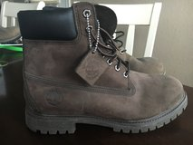 Dark Brown Timberland boots men's 9 1/2 in Fort Hood, Texas