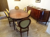 Mahagony dinning ensamble*table, chairs, cabinet + hutch in Baumholder, GE