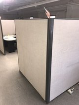 Used Office Cubicles in Oswego, Illinois