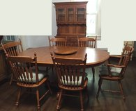Vintage Tell City Dining Room Set~Table~6 Chairs~Hutch~Hard Rock Maple in Fort Campbell, Kentucky