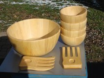 7 PC WOOD BOWL SALAD SET in Plainfield, Illinois