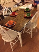 farmhouse table with 4 chairs in Fort Campbell, Kentucky