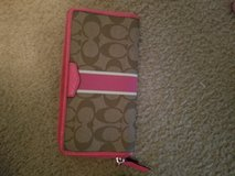 New Authenic Coach wallet in Fort Sam Houston, Texas