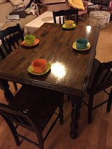table and 4 chairs in Fort Campbell, Kentucky