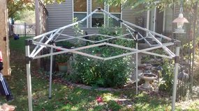 TENT FRAME in Yorkville, Illinois