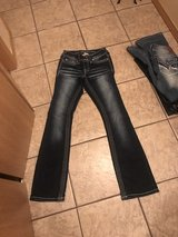 NEW VANITY JEANS $20 each 8 pairs 25/31 24/31 in Springfield, Missouri