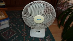 Fan, Elta, 3 speed, Desk top 220V in Ramstein, Germany