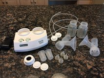 Ameda purely yours breast pump w/ parts in Batavia, Illinois