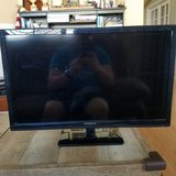 "24"" Insignia LED TV/DVD combo in 29 Palms, California"