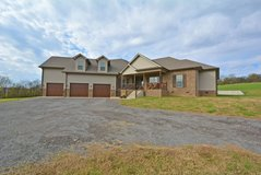 5550 Old Hwy 48 in Fort Campbell, Kentucky