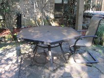 PATIO TABLE WITH 6 CHAIRS in Houston, Texas