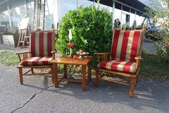 set of 2 armchairs with matching solid oak coffee table in Spangdahlem, Germany