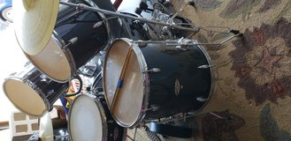 Complete Apollo Drum Set with Cymbals in Camp Pendleton, California