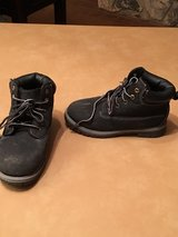 Boys boots sz 1 in Alamogordo, New Mexico