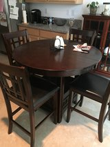 Dining set in Travis AFB, California