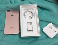 Used Apple iPhone 7 Plus AT&T 32 GB (Rose Gold) Locked to AT&T in Beaumont, Texas