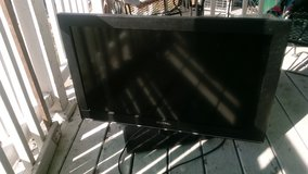 32-Inch Flat Screen Television works As Is $15.00 in Quad Cities, Iowa