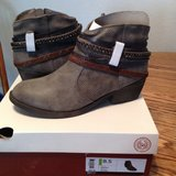 Brand new Ladies Boots from Kohls in Fairfield, California