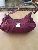 Fushia purse in Alamogordo, New Mexico