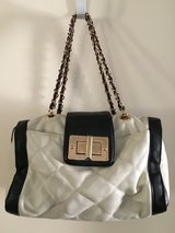 Black and white purse in Alamogordo, New Mexico