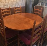 Kitchen table, 6 chairs in Fort Campbell, Kentucky