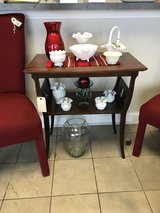 Vintage End Table in Glendale Heights, Illinois
