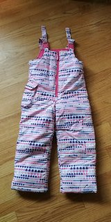 snowpants, girls, size 4 in Naperville, Illinois