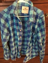 Hollister size Large in Kingwood, Texas