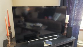 40 inch Sony Smart TV in Fort Leonard Wood, Missouri