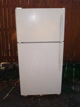 "REFRIGERATOR Fridge Size 5'H X 28 1/2""W X 32 3/4""D in Ruidoso, New Mexico"