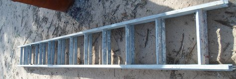 20 foot extension aluminum ladder in 29 Palms, California